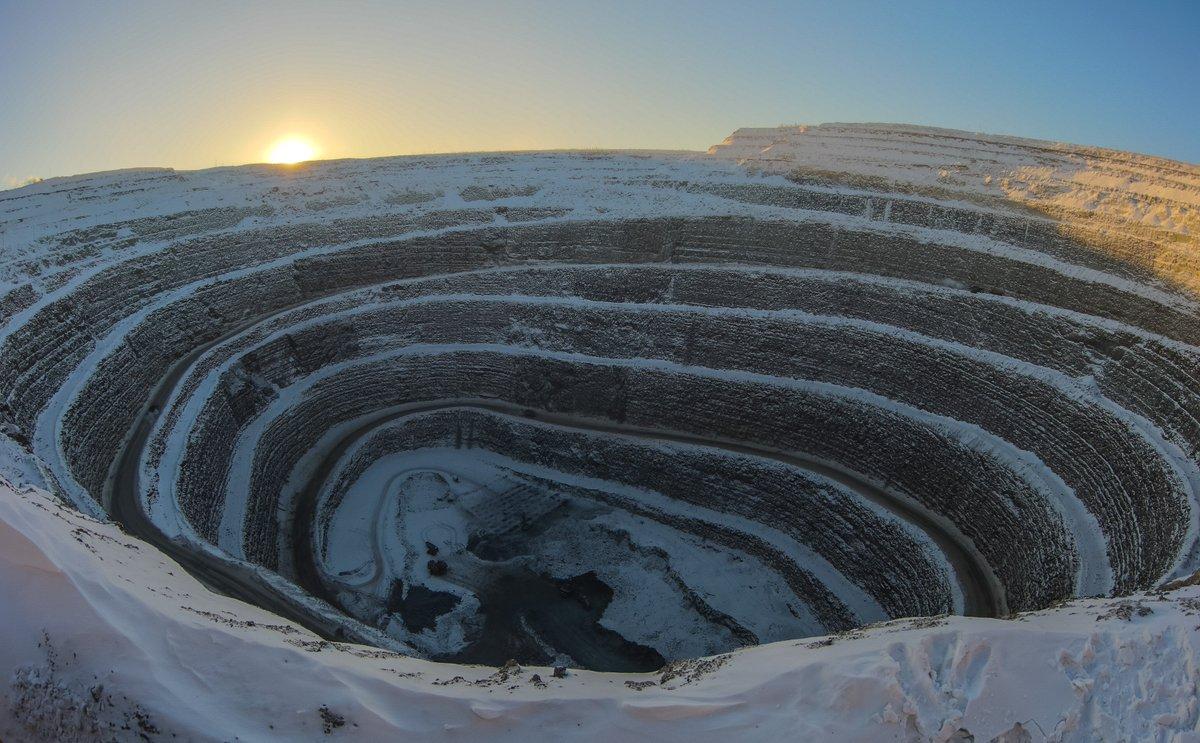 небольшой фото как добывают алмазы в якутии первом